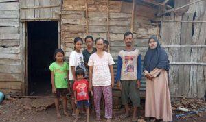 Kisah Keluarga Penghuni Hutan Bojonegoro
